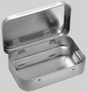 139-5  Small Tin box with hinged lid, 6 ks/bal