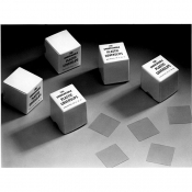 L4193A Plastic coverslips, 18 x 18mm, 100 ks/bal