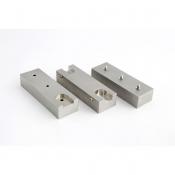 AGG3321B Stub holder block for 3 M4 threaded stubs